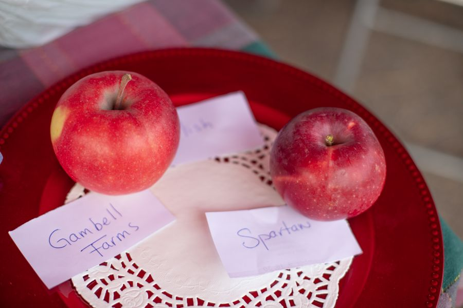 Kelowna Farmers' and Crafters' Market celebrating Okanagan apples today