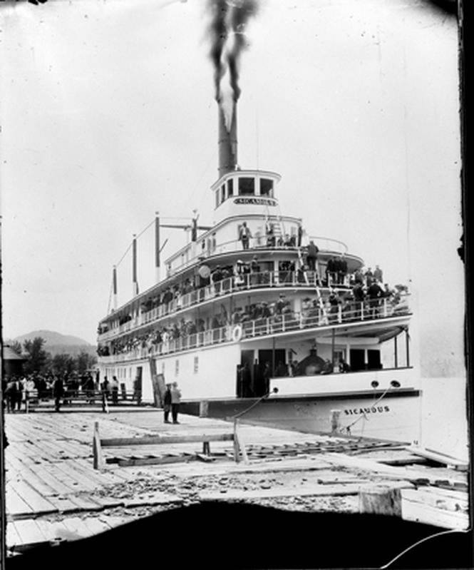 <who> Photo Credit: Old Kelowna/Facebook </who> The S.S. Sicamous on its maiden voyage.