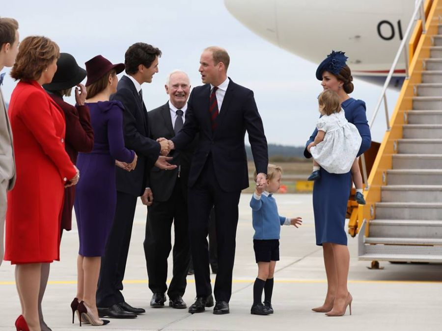 Royals wave goodbye to Canada as family tour ends