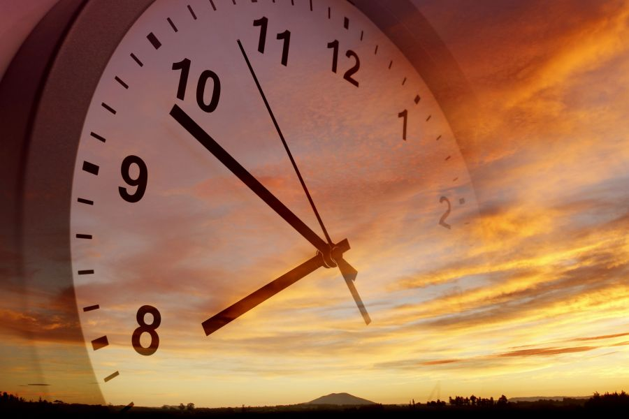 Daylight Saving Time 2018: When and Why?