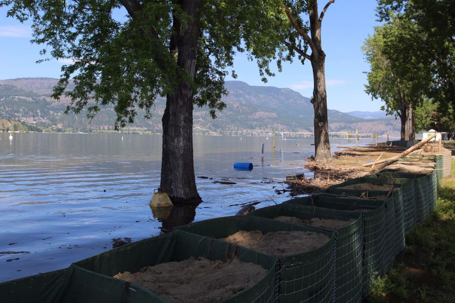 <who>Photo Credit: KelownaNow</who>City Park Beach in early June.