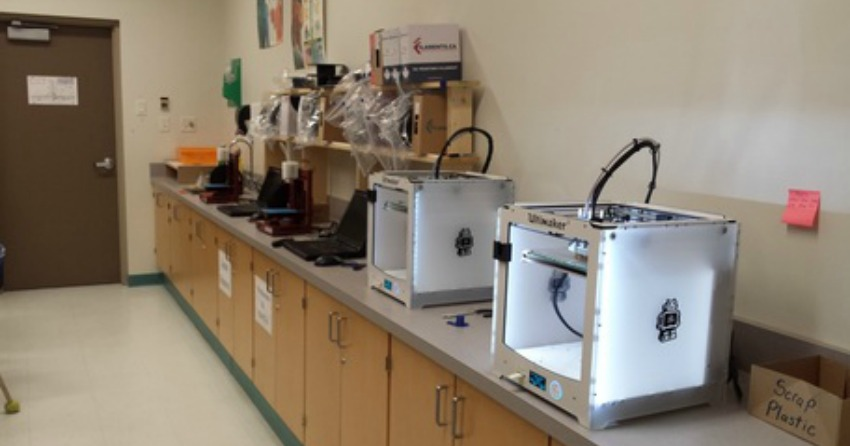 <who>Photo Credit: Dan Massey website</who>3D printers used in Massey's classes.