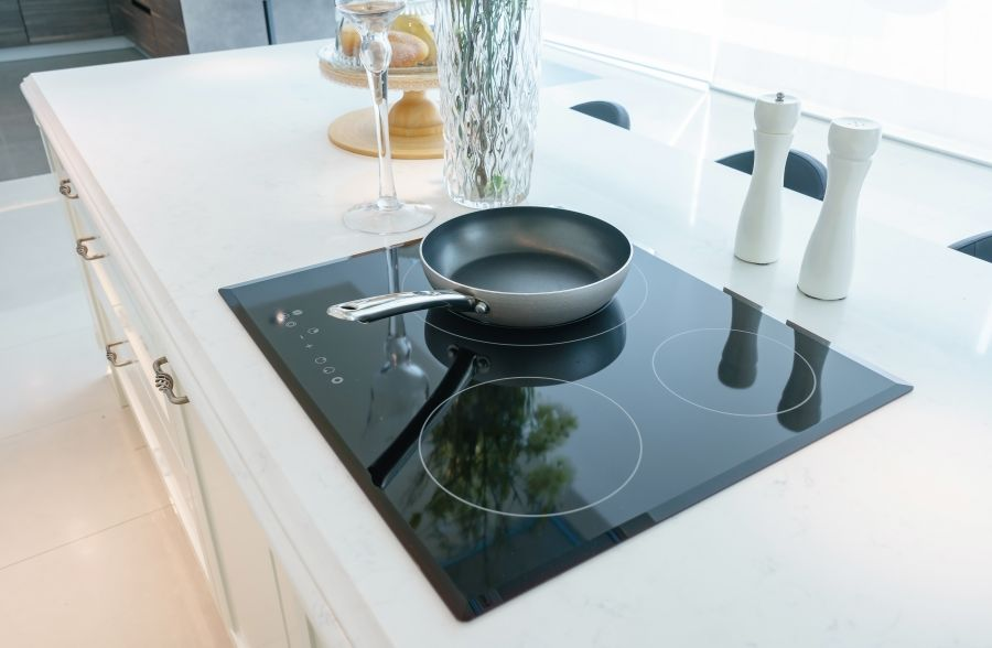 Whirlpool, KitchenAid & JennAir glass cooktops can turn themselves on