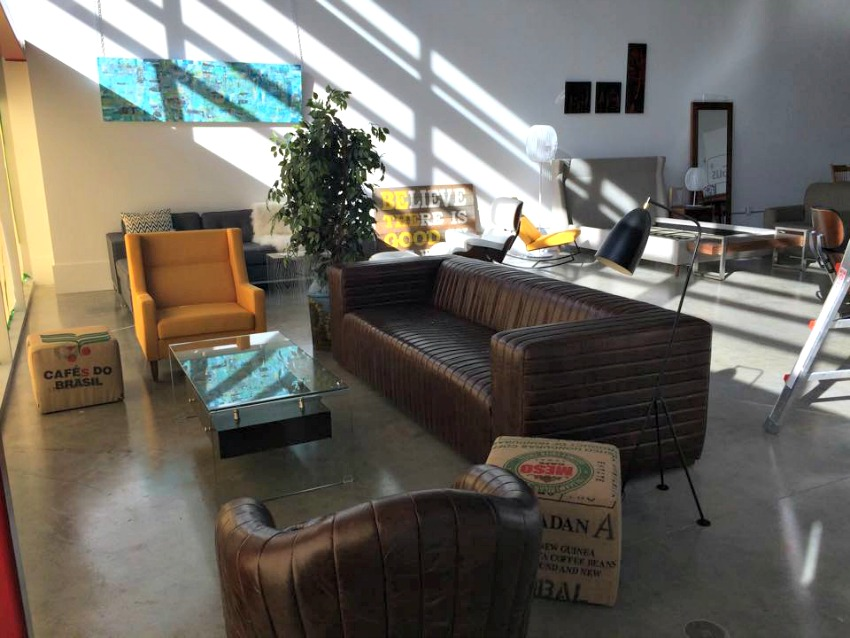 Kelowna Home Decor Stores Escape To Naramata Mod Salon By Lbv Design D 233 Cor Kelowna Canada