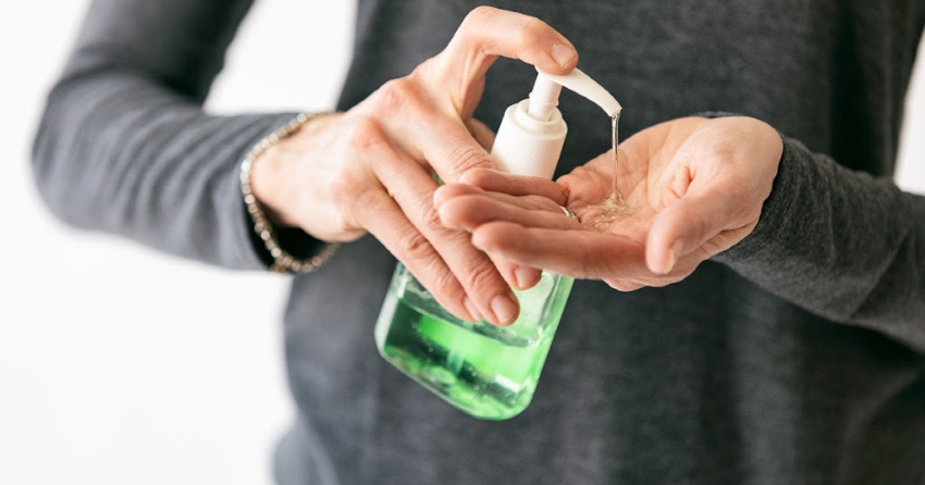 Health Canada urges residents not to mistakenly drink hand ...