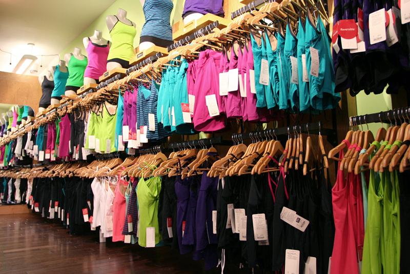 947ca187515 ... shopping on the Lululemon website. Photo Credit: YourVancouverRealEstate
