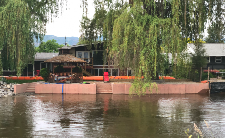 <who>Photo Credit: KelownaNow</who> Mission Creek at the Lakeshore bridge on June 3, 2018.
