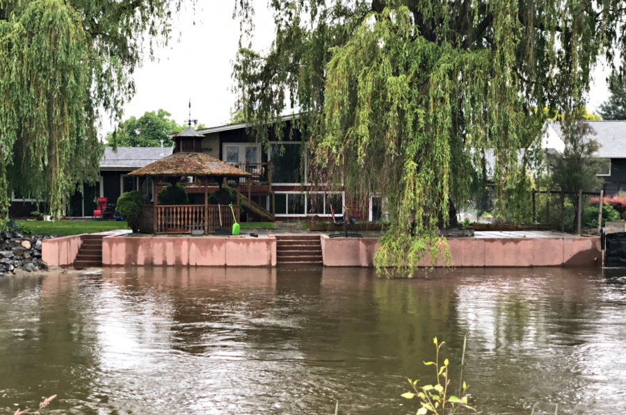 <who>Photo Credit: KelownaNow</who> Mission Creek at the Lakeshore bridge on June 9, 2018.