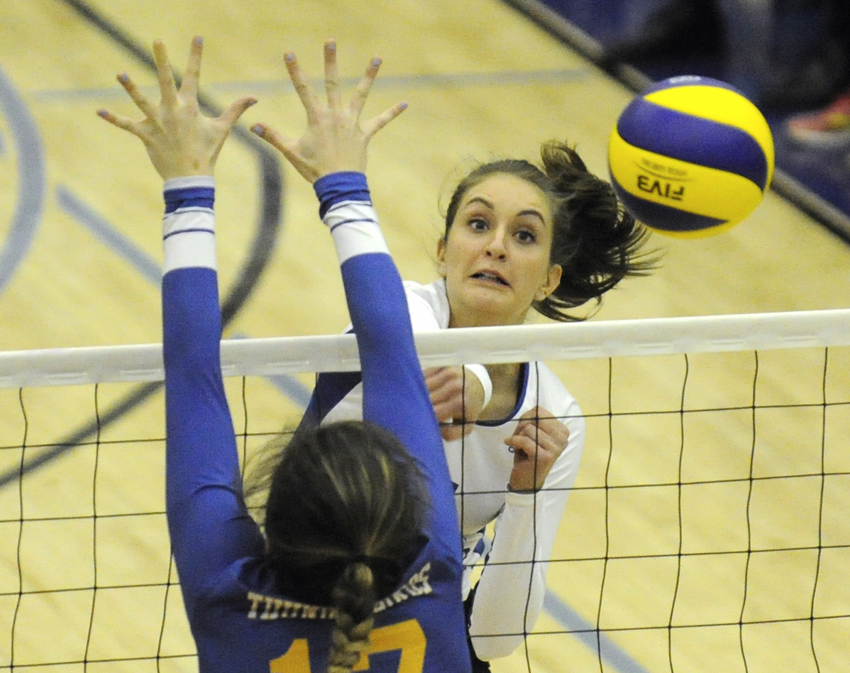 <who>Photo Credit: Lorne White/KelownaNow.com </who>Megan Festival led the Heat with 14 kills in a 3-1 win over the UBC Thunderbirds on Friday at UBCO.