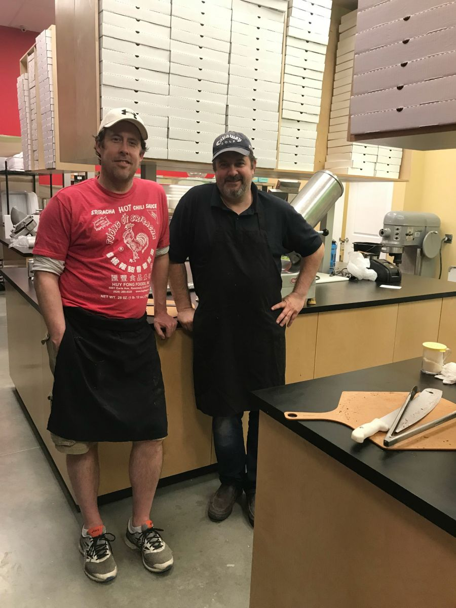<who>Photo Credit: Contributed</who>Murray's Pizza owners/partners Brian Ruck (L) and Steve Lenarduzzi.
