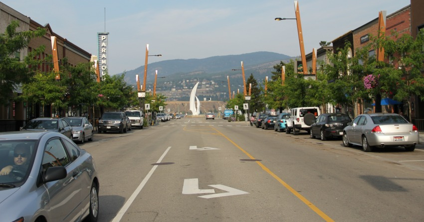 Section of Bernard Avenue closed next week for re-paving, instalment of bike lanes