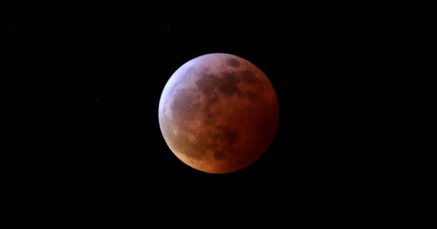 How To See The Super Blood Wolf Moon In Colorado This Weekend