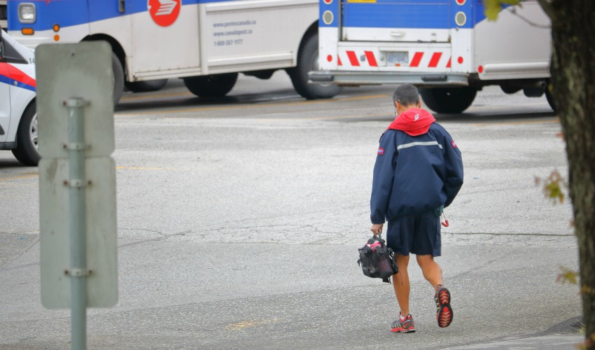 Canada Post union issues notice; rotating strikes could begin Monday