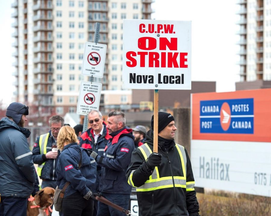 Rotating postal strikes hit Timmins again