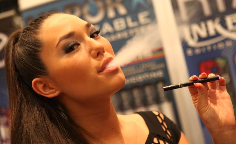 Vaping risks danger to heart: scientists