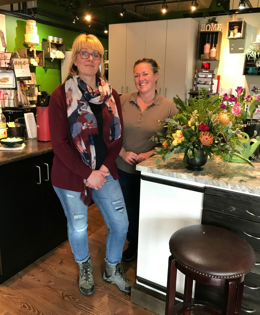 <who>Photo Credit: Contributed</who>Mission Park Flowers, Kakes by Kathie and The Flour Bean - Corinne Rimstad (L) and Kathie Dionne (R)