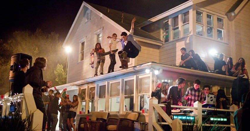 Wild teen party causes $20000 damage at West Vancouver rental house