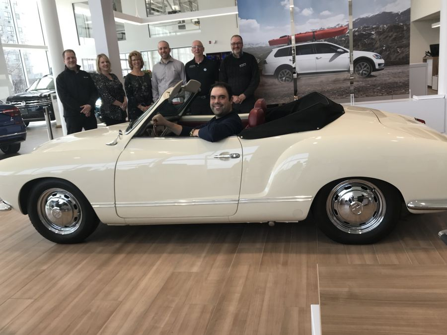 <who>Photo Credit: Contributed</who>Turner Volkswagen [1971 VW Karmann Ghia Convertible] - (L to R) Mike Schmidt, Mandy Tamaki, Corrie Maddaford, Jon Turner, Jim Tkach and Chad Frey.