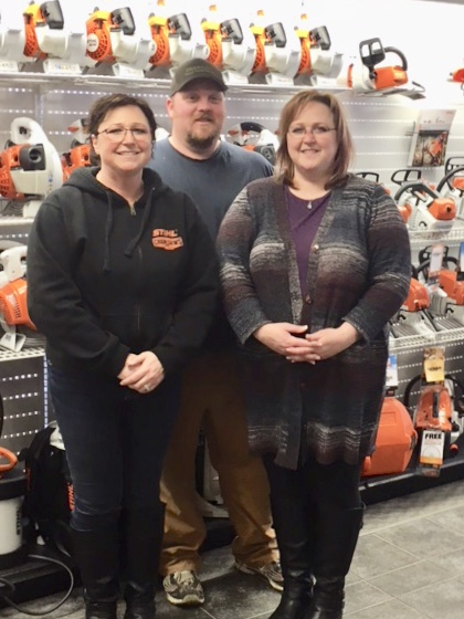 <who>Photo Credit: Contributed</who>Okanagan Power Equipment Ltd. - (L to R) Sheri Landis, Darrell Hamilton and Angela Hamilton