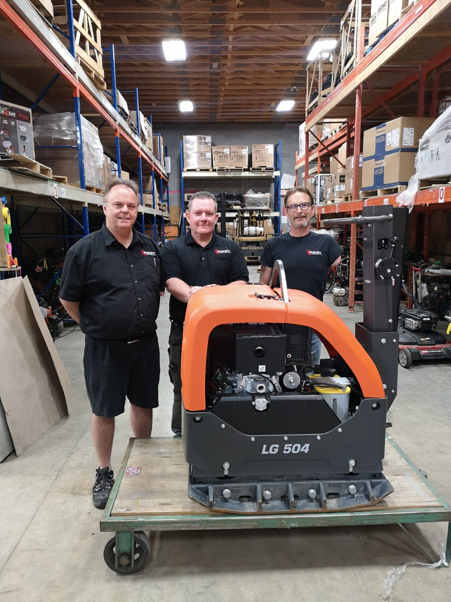 <who>Photo Credit: Savoy Equipment Ltd. (L to R) David Turner, Steve Sears and Perry Templeton.