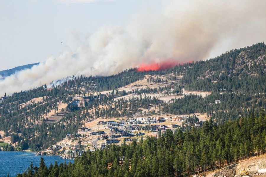 <who> Photo Credit: KelownaNow </who> Okanagan Centre Fire