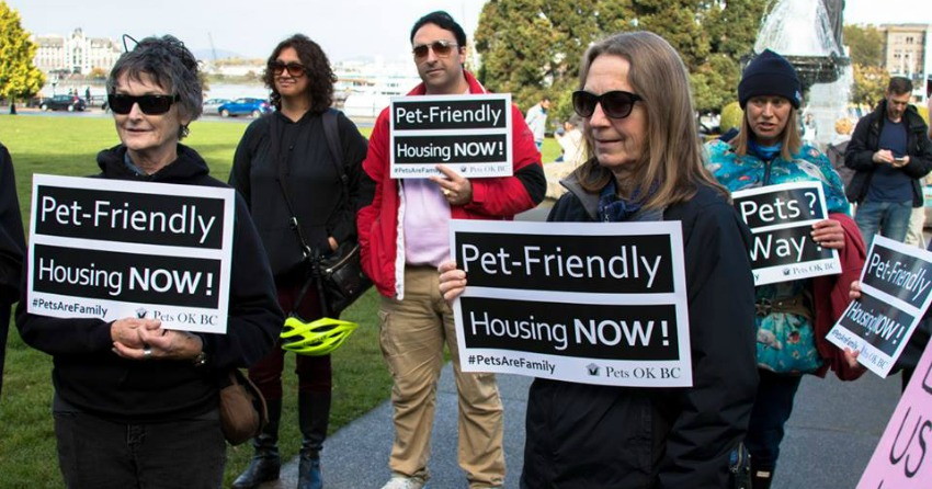 <who>Photo Credit: Pets OK BC</who> Supporters of Pets OK BC rally outside of Legislature in Victoria.