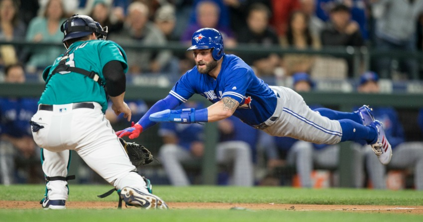 Mariners rally for 4-2 victory over Toronto