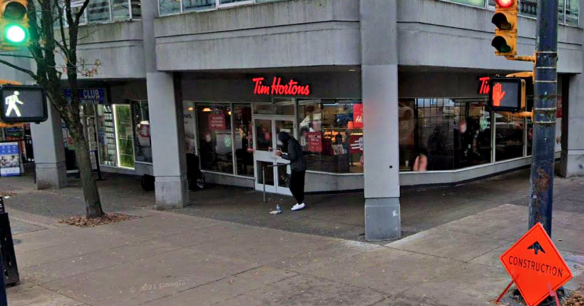 Man bear sprays Tim Hortons employee after ordering donut: VPD