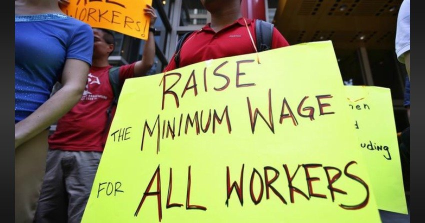 $15 Minimum Wage, 3 Week Paid Vacation Coming To Ontario