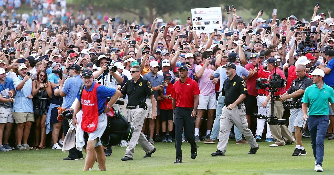 d970bd3fcf136 Tiger Woods wins Tour Championship for 1st PGA victory in 5 years