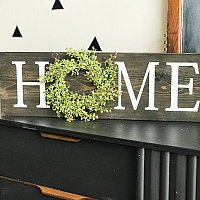 DIY HOME Wood Sign with Wreath