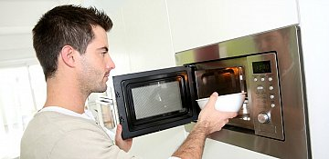 Health Canada Updates Microwave Food Safety Information