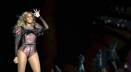 Beyoncé leads Grammy noms with 9