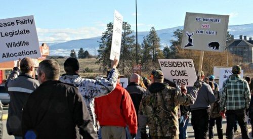 Hundreds Protest for BC Residents' Hunting Rights in West Kelowna
