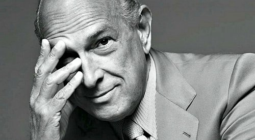 Fashion Icon Oscar de la Renta Passes Away
