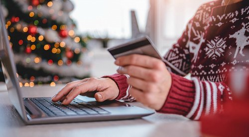 How to survive the holidays financially: your guide to holiday spending