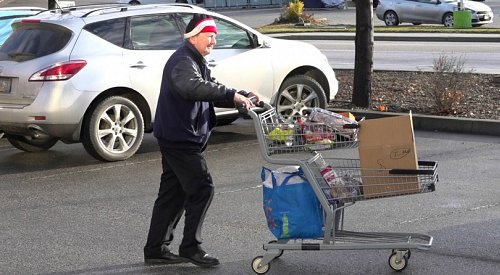 VIDEO: Food Bank spreading Christmas cheer