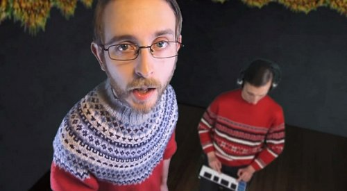 This Guy Explains How to Make the Ultimate Christmas Hit