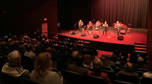 Creekside Theatre in Lake Country hosting a series of live performances for limited audiences