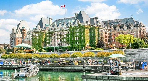 Foreign spending way up as Canada is named the #1 place to visit in 2017