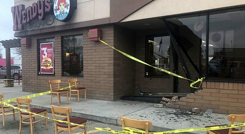 Elderly driver takes out storefront window at Kelowna Wendy's