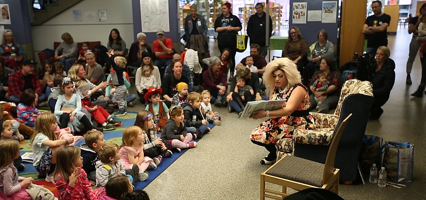 VIDEO: Drag Queen Story Time makes a triumphant return